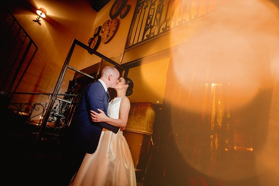 stylish wedding photography at great john street hotel