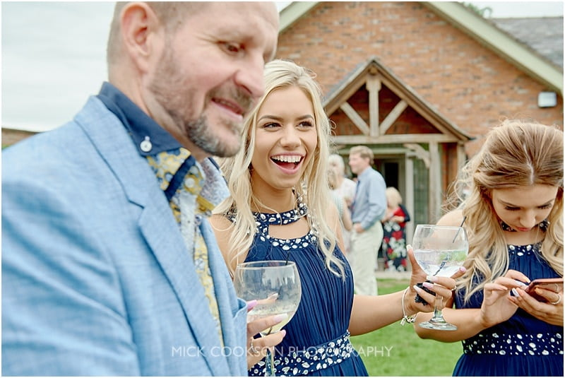 magician at a colshaw hall wedding