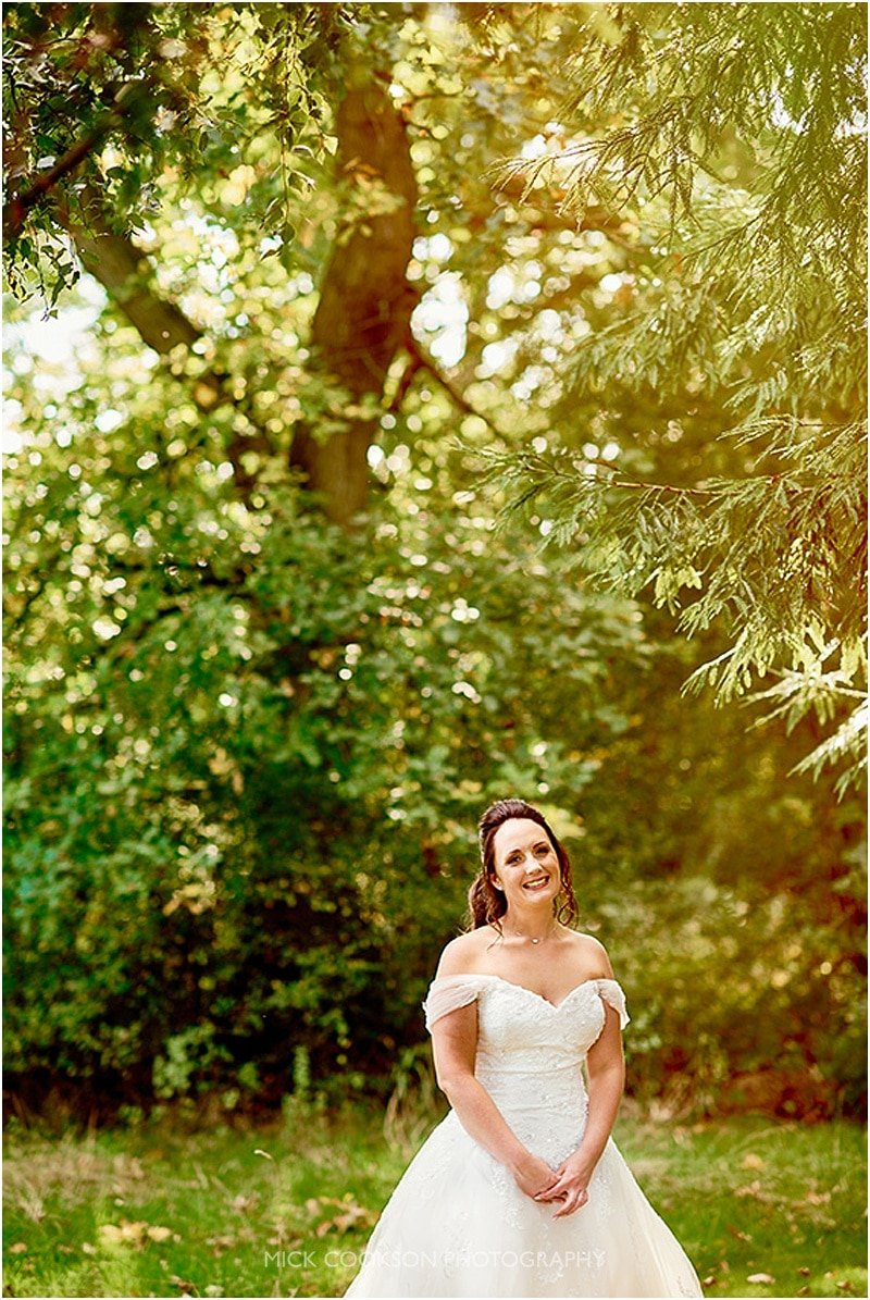 bride at the oak tree of peover